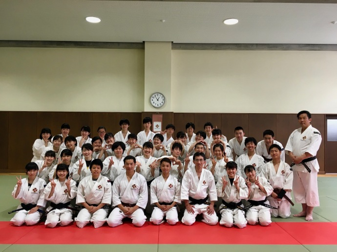Kobe Municipal Fukiai High School's Shorinji Kempo Club
